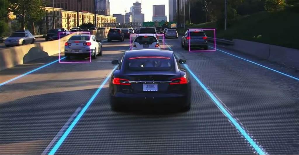 特斯拉重寫版 FSD 第一階段封測將展開:「幾乎不需介入」的全自動輔助駕駛效能會有多好?