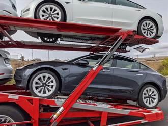 Model 3 改不停!新版原廠輪圈長這樣,全新中控置物箱也同步曝光