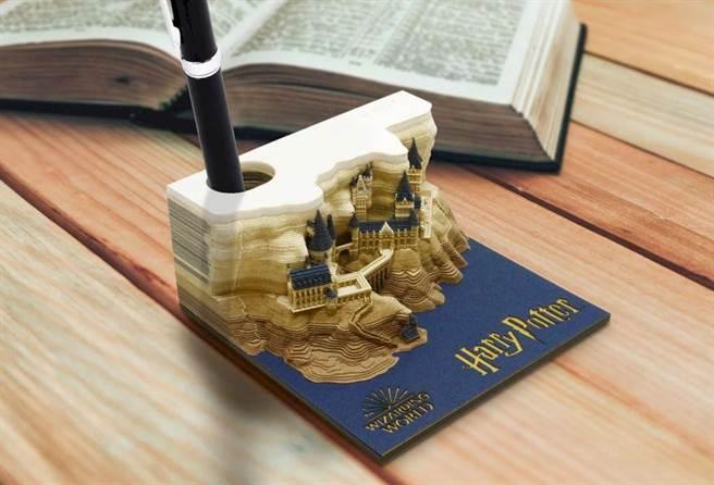 撕完便條紙還可以當筆筒。(圖片來源:caseplay.jp)