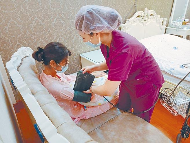 桃園市人口逐年增加,近年來孕婦越來越著重在產後護理機構的環境設施及母嬰安全設備,消防安全及感染管控也是一大要點。(姜霏攝)