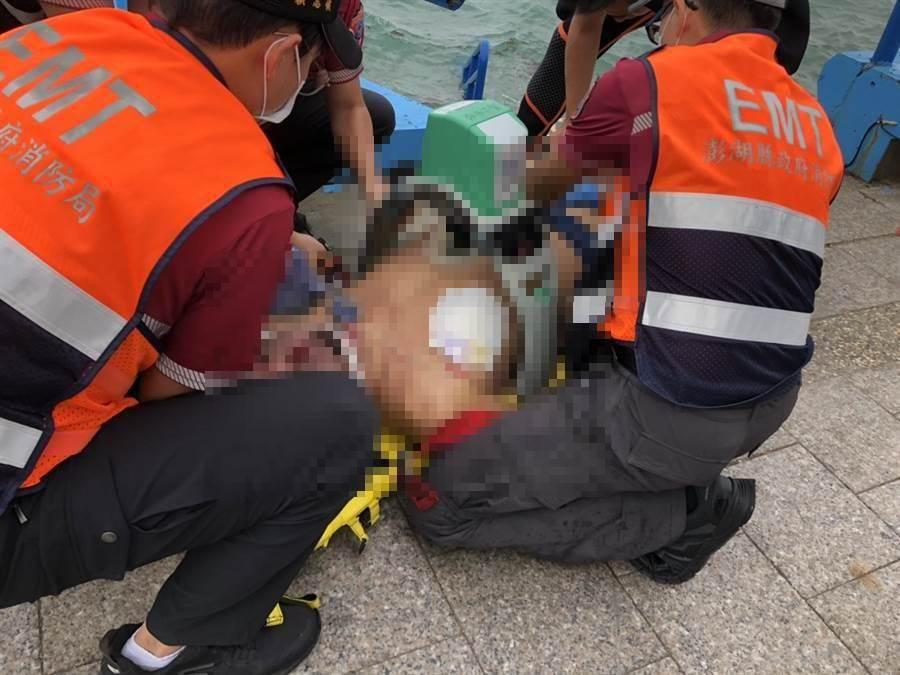 澎湖60歲男子清晨被發現溺斃觀音堤海域。(澎湖縣消防局提供)