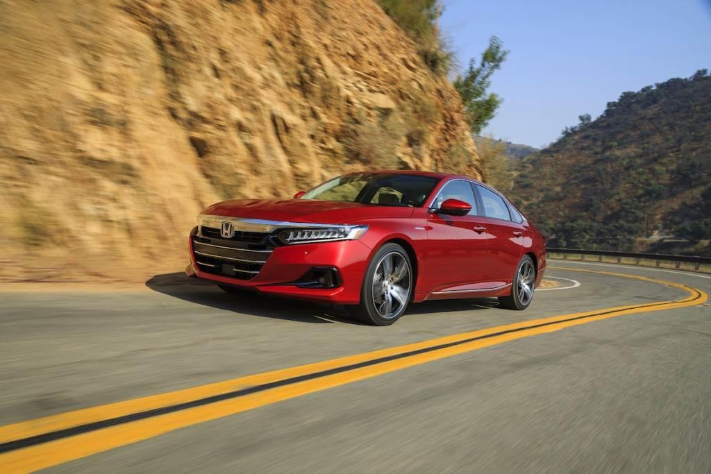 新增後座安全提醒、LSBC 低速主動煞停等安全配備,美規 Honda Accord 小改款亮相!