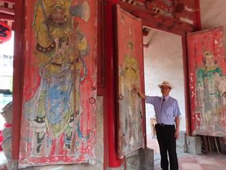 彰化聖王廟門神剝落如時代年輪 竟發現3層彩繪