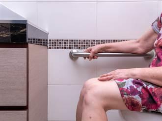 公司上廁所驚見公告「怨念爆棚」 網笑翻:打掃阿姨撿到槍?