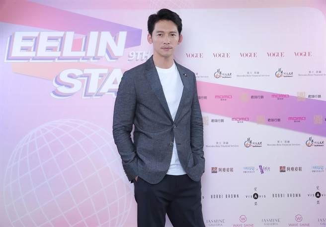 溫昇豪擔任多次璀璨之星決賽評審。(伊林娛樂提供)