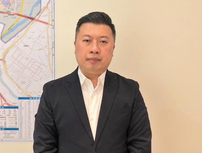 新北市議員張志豪13日指出,鄭宇欽與台灣政治一點關係都沒有,大陸扣台諜帽子,離譜至極。(張志豪提供/葉書宏新北傳真)