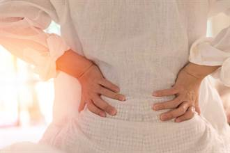 女內褲染血急就醫!驚見「子宮掉在雙腿間」  醫曝原因