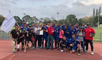 足球教練簡盟恩 立「足」台灣