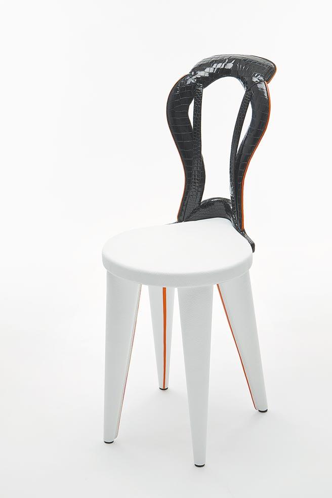 馬鞍造型單人椅,81萬2000元起(依商品材質而定)。(HERMES提供)