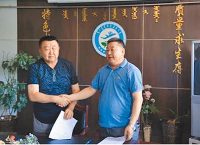 胡達來院長與帕瓦院長簽署合作協議。(作者提供)