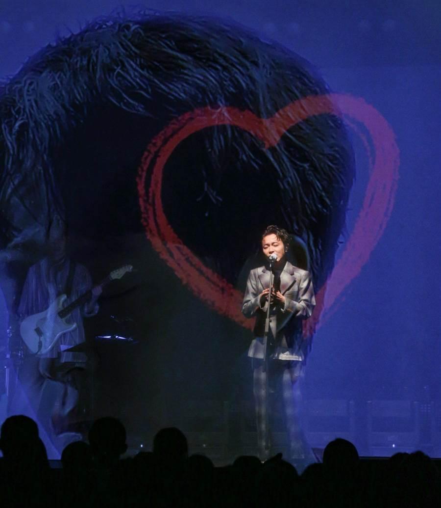 吴青峰在台北华山Legacy连唱16场。(吴松翰摄)