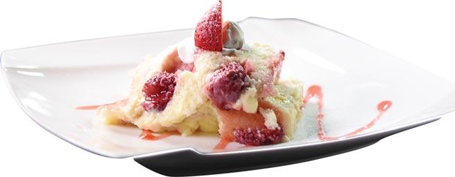 〈英式草莓蛋糕〉,帶有手做氣質、真材實料、口感柔軟。圖/姚舜