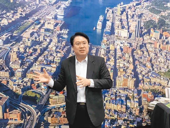 基隆市長林右昌呼籲,大家可以理性討論未來台灣國土規畫,一起審慎思辨。(陳彩玲攝)