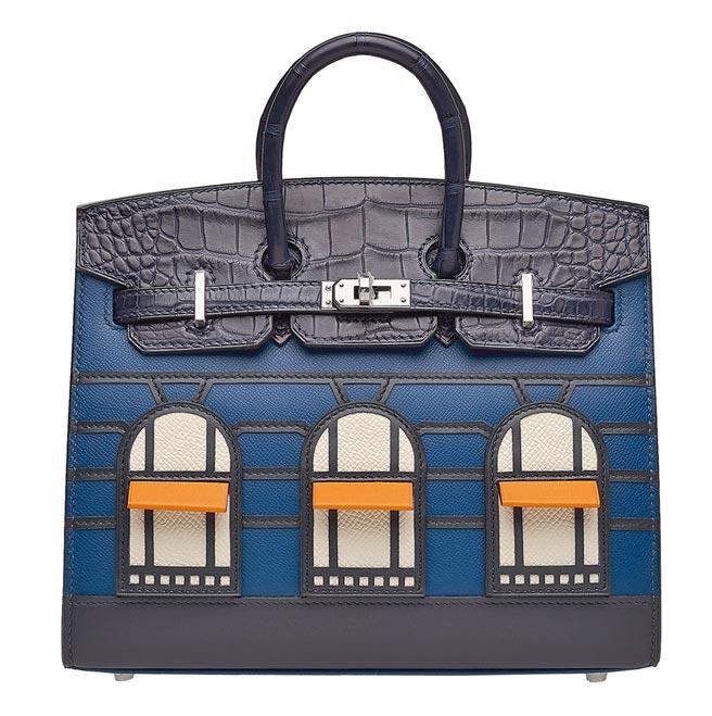以爱马仕巴黎福宝总店设计的柏金包,窗户的橘色雨棚可以掀起,十分可爱,起拍价60万港币。(Christie's提供)