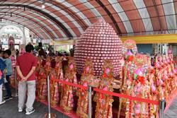苗栗竹南龍鳳宮舉辦媽祖文化產業祭 推銷苗栗好餅
