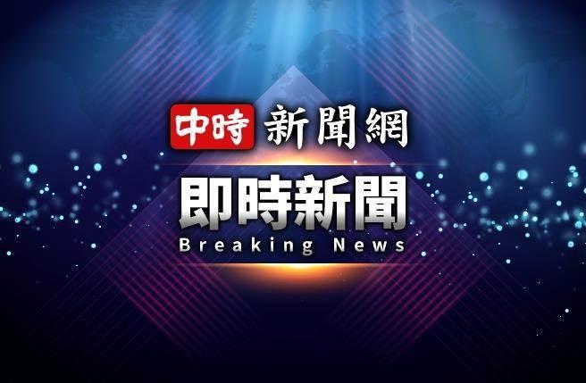18日清晨5時許,高雄市旗山區國道10號末端加油站前,發生2車相撞車禍,6人受傷。