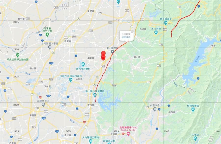 台灣颱風論壇指出,台南晚間三起規模4以上地震,震央全在六甲斷層旁邊 (圖/台灣颱風論壇)