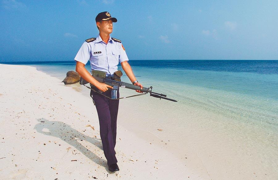 海巡署岸巡中隊等相關單位駐守東沙島。(季志翔攝)