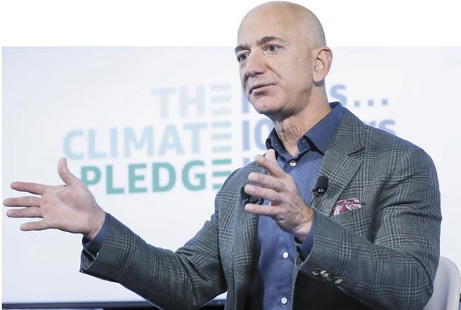 亞馬遜執行長貝佐斯(Jeff Bezos)◎圖/路透、美聯社、Freepik、      Juvenescence、Neuralink