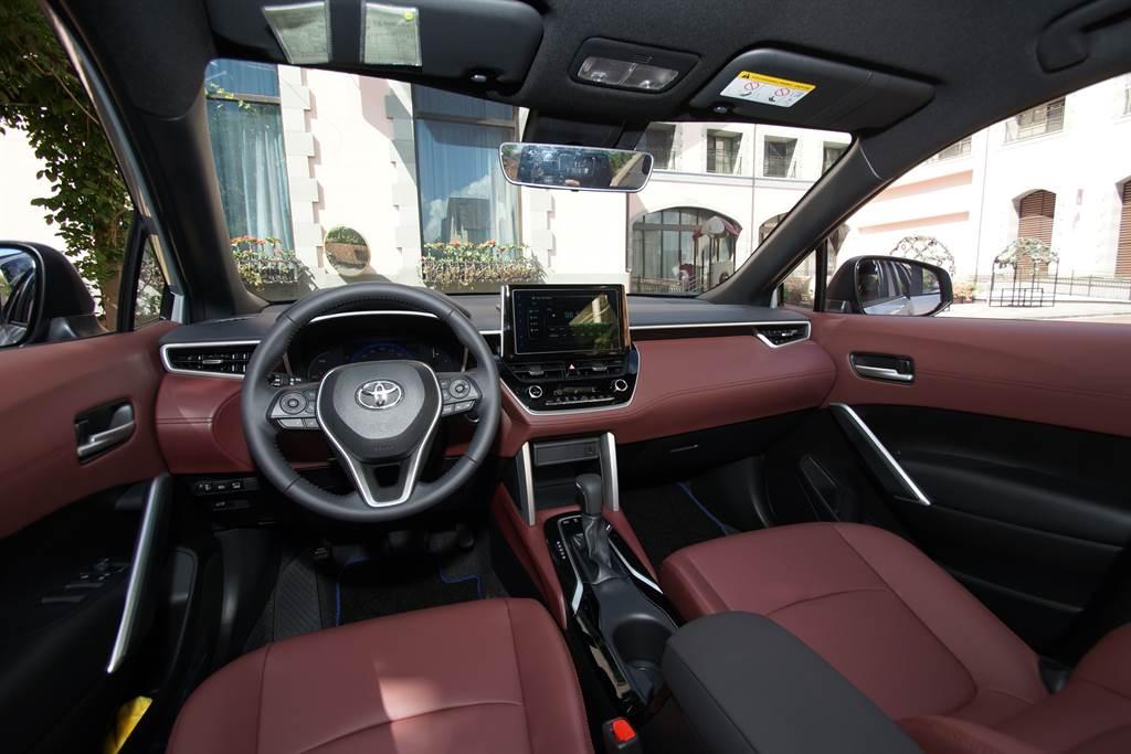 年販4萬台是正常發揮?! 新神車Toyota Corolla Cross碾壓對手無差別