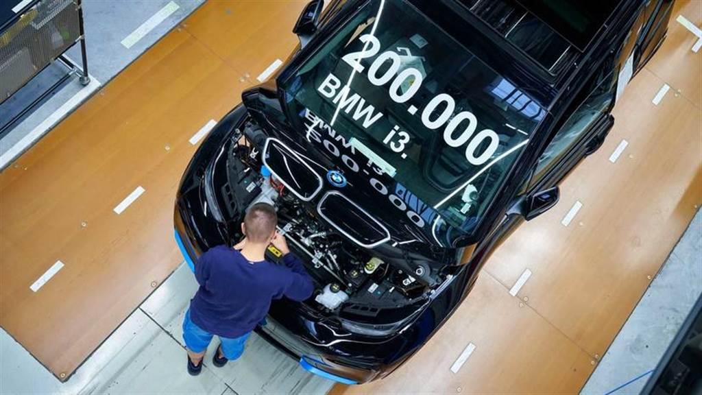 BMW 靠 i3 電動車打下 20 萬輛銷量成績:繼續賣到 2024 年!