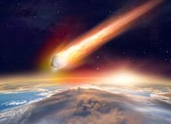 小行星高速衝撞地球 知名天文學家曝美大選前最後驚奇