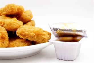誰說糖醋醬只能配雞塊 網曝創意料理做法:意外好吃