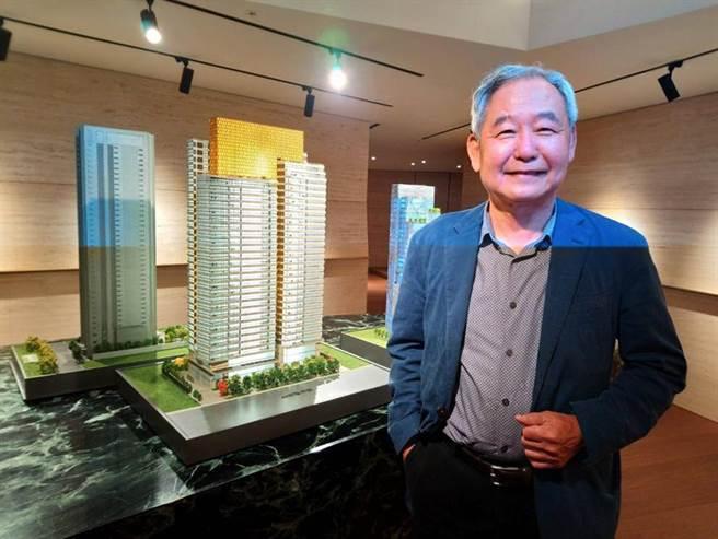 (大陸建設董事長張良吉表示,明年將重押台中、推案上看120億元。圖/曾麗芳)
