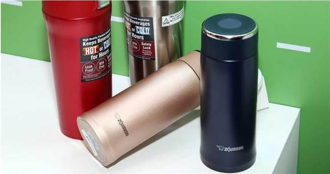 保溫瓶是許多學生、上班族隨身攜帶的物品,若是錯誤使用,可能會吃進大量毒素。(圖/報系資料照)