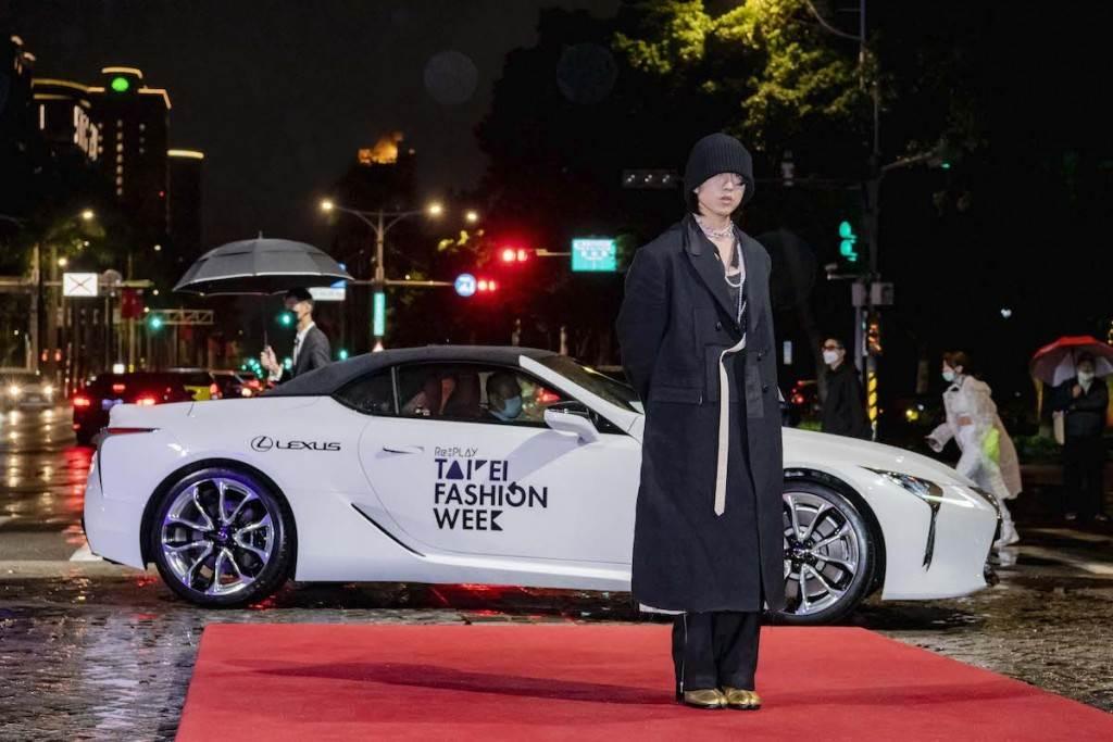 金曲歌王林宥嘉壓軸獻唱 X 明星座駕LC CONVERTIBLE。