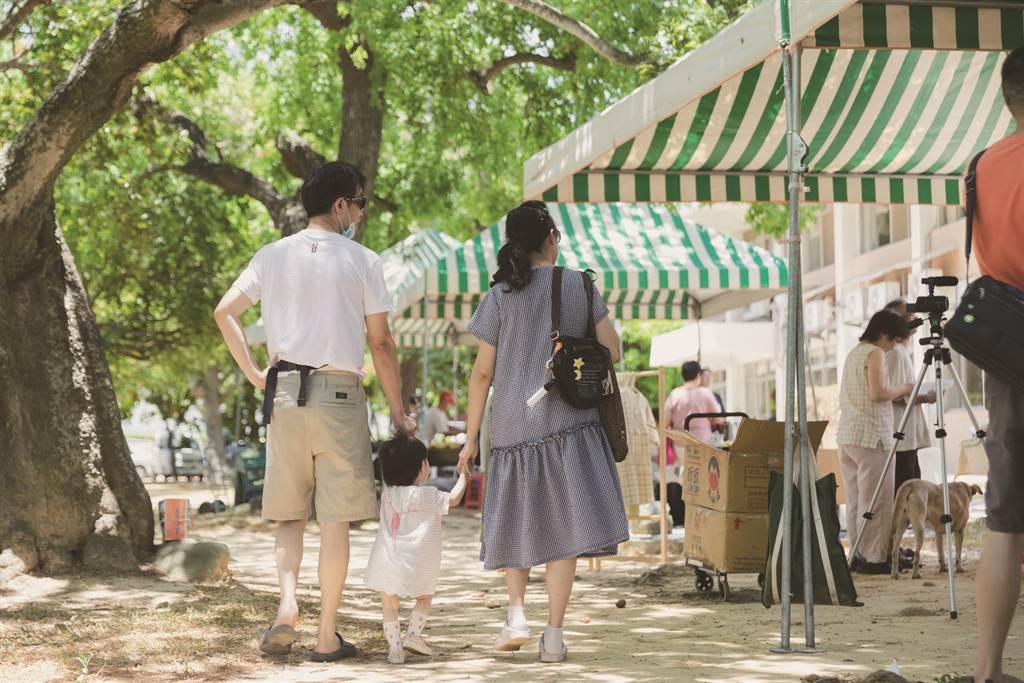 綠市集以設計不同形式的活動,讓更多民眾得以親近自然、關心土地,親子活動即是他們活動設計的一環。(圖/IN新竹提供)