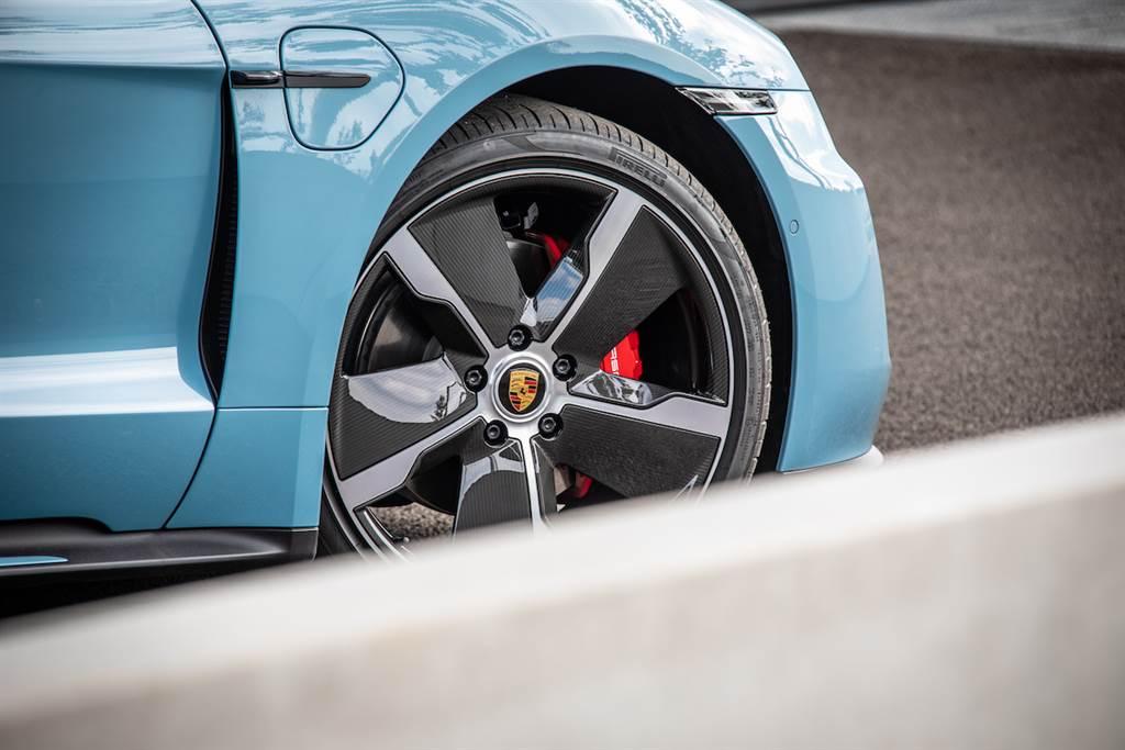 Cayenne與911深受消費者喜愛,Porsche 全球1-9月需求穩健、台灣市場銷售成長20%!