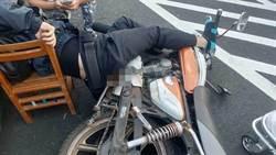 頭份汽機車車禍 機車側柱插入騎士臀部送醫