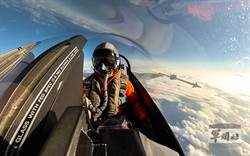 空軍天龍操演  F-16進行響尾蛇飛彈射擊