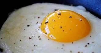 奇葩小偷!入室行竊「偷煎4顆荷包蛋」 吃飽才閃人