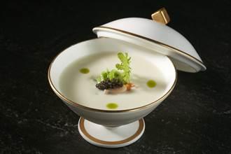 THE WANG有奶味 米其林級濃湯上桌
