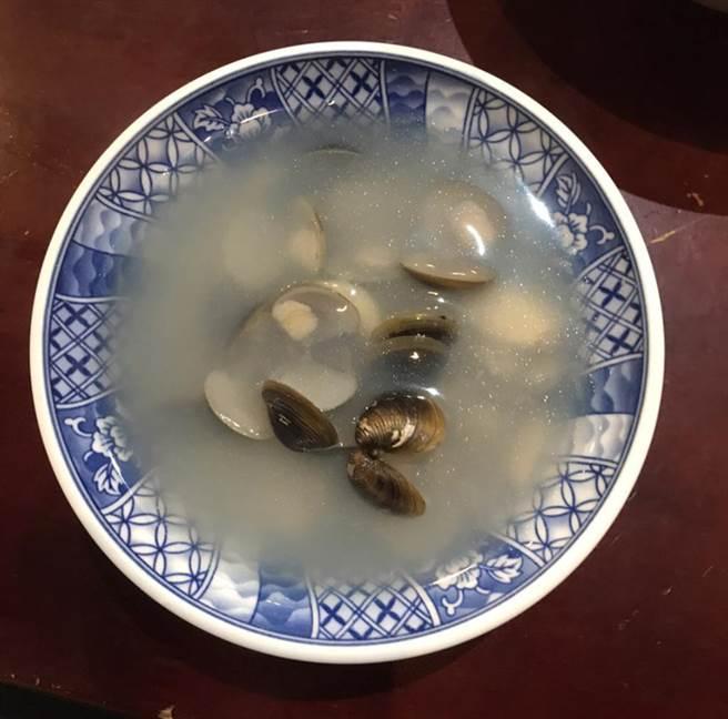 ◆ 蒜香蜆湯 (圖片來源:觸mii編輯部)