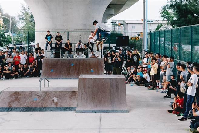 357 Skate Crew團隊將於10月24日在苗栗縣通霄極限滑板運動場,舉辦滑板大賽,賽事精彩可期。(357 Skate Crew團隊提供/巫靜婷苗栗傳真)