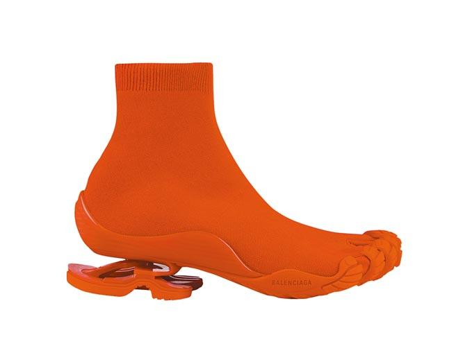微風信義獨家BALENCIAGA五趾彈力高跟運動靴,4萬5900元。(微風提供)