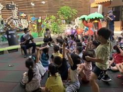 台中警察局舉辦「小小警察體驗活動」 58位小朋友化身小萌警