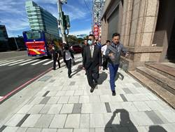 公道五路變身綠蔭走廊 內政部長徐國勇讚典範