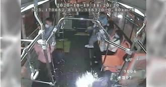 公車上手機充電突自燃「如放煙火」乘客嚇壞 車長淡定解危機