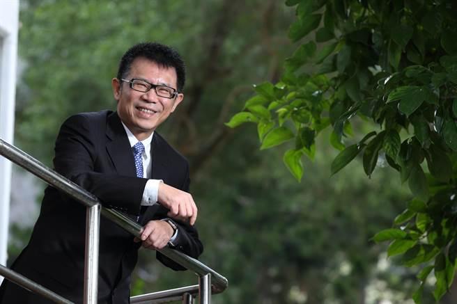 東吳大學校長潘維大表示,唯有學校、企業攜手合作,才能替學生打造進入職場的「雙贏」契機。(東吳大學提供)