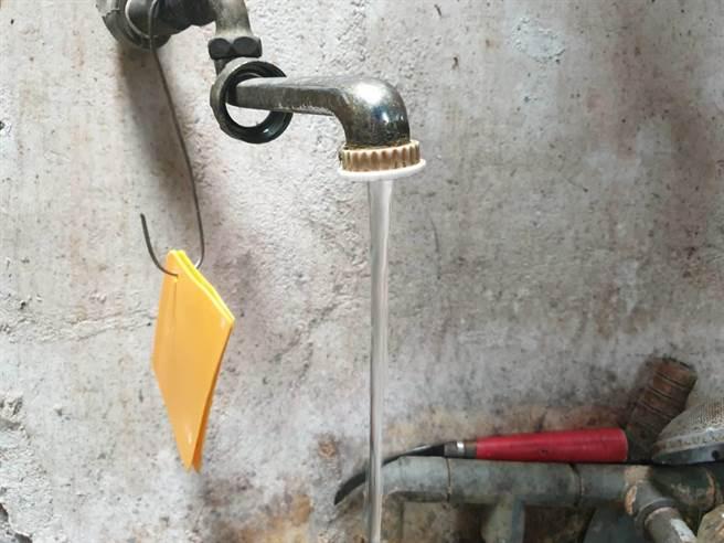 大陸廣東一處村委會,為制止村內有女子從事賣淫行為,強迫停水3個月。(示意圖/中時資料照)