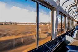 陸研發時速400公里跨國高鐵 行進可變軌運行