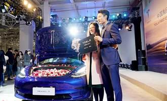 特斯拉連5季盈利盤後大升逾3% 明年拚產百萬輛就看上海
