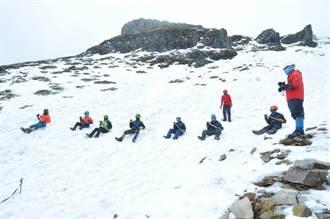 雪霸雪季服務明年1/4開跑 籲山友記得帶雪地三寶
