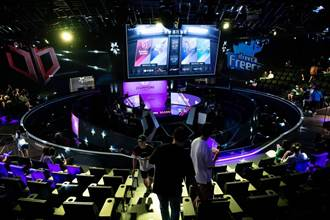 《時來運轉》運彩報報-LOL世界大賽四強即將開打 運彩開盤多種玩法