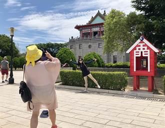 金門旅遊紅火 楊鎮浯爭取中央加油