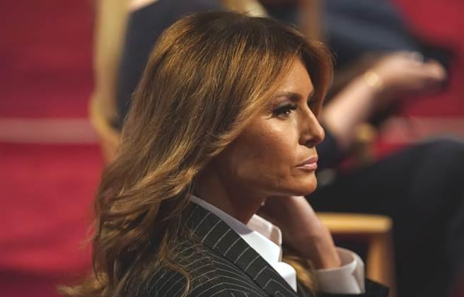 美國第一夫人梅蘭妮亞(Melania Trump)9月29日在俄亥俄州克里夫蘭(Cleveland)首場總統候選人辯論會場,聆聽夫婿川普與民主黨對手拜登激辯的神情。(美聯社)